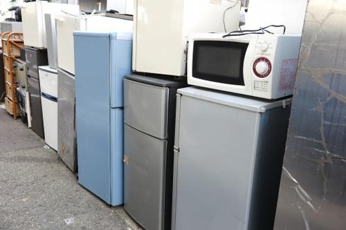 家にある古いテレビや洗濯機やパソコンが邪魔になってきたので明日処分したいけど