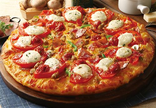 田舎過ぎてデリバリーのピザ食べたこと無い・・・・