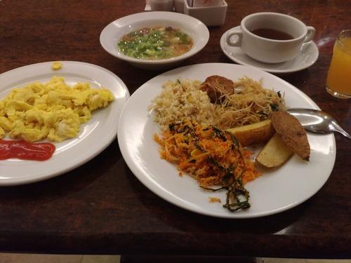お腹が空いたからインドネシアでご飯食べてきた