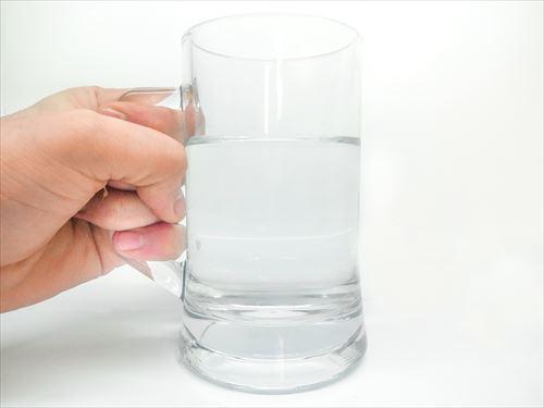 ニートだけど一日に水4リットルは飲んでる