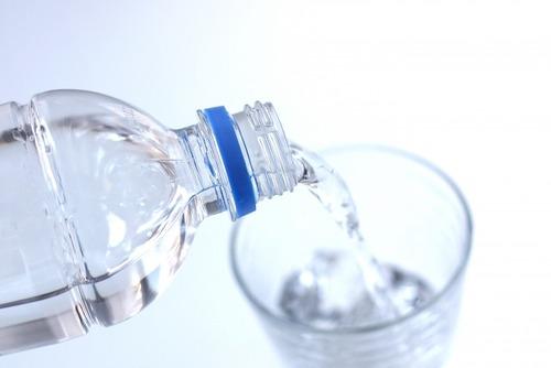 お前ら飲用水って何使ってる?水道水?