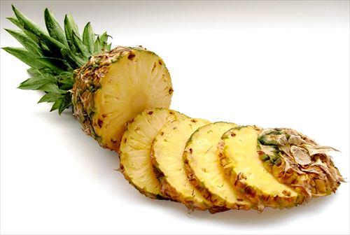 パイナップル食って、口の中おかしくなるってアレルギー?食べない方が良いのか?