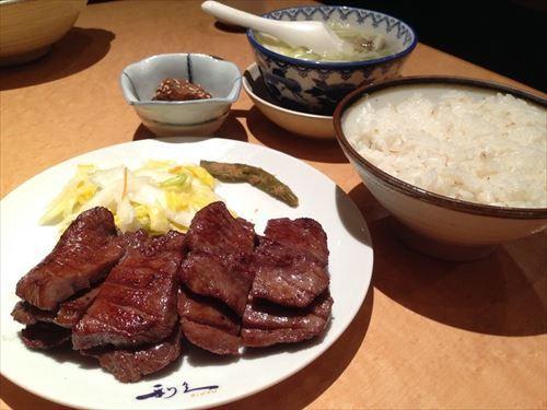 仙台の牛タンってアメリカ産なのになんで名物なの