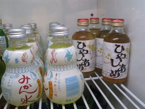 関西人「暑いな…冷やしあめ飲むか」関東人「冷やしあめ?何それ」