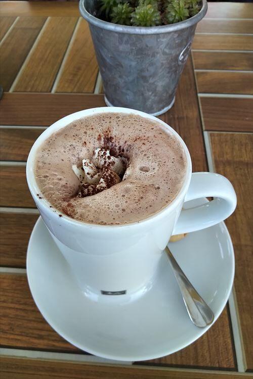 コーヒー←まずい ココア←おいしい