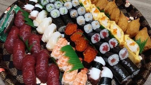 このお寿司3500円出せるか?
