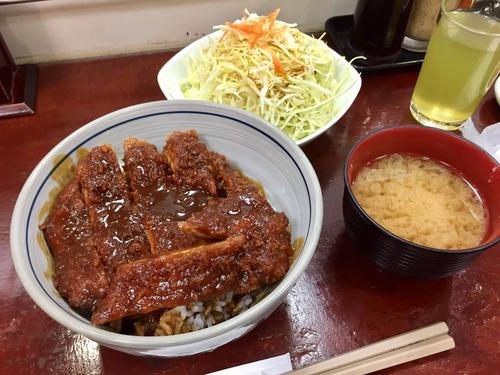 矢場とんの味噌カツ丼(1296円)wwwwwwwwwww