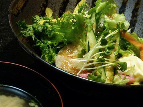 野菜だーいすき!!!(ドレッシングどっばぁぁぁあああああ!!!)←こいつの正体