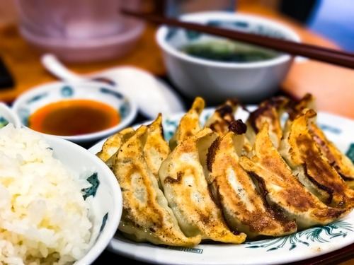 餃子定食は中国人が見ると不気味に見えるみたいね
