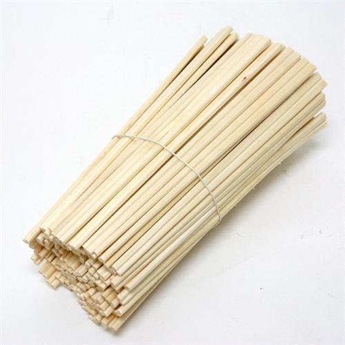 初めて入ったラーメン屋で割り箸じゃなく使い回しの箸だとうぇってなるよね