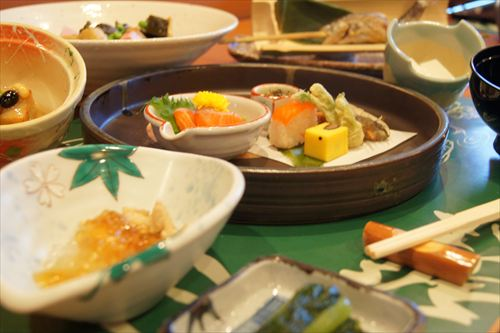 料理・・・懐石料理_R