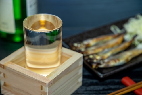 東京の居酒屋「当店は選手村なので堂々とお酒を提供します🤗」