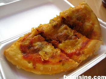 scottish-deep-fried-pizza-05-500