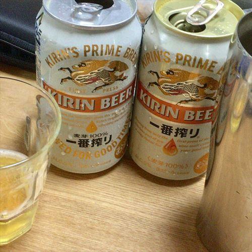 ワイ「キリンビールうまンゴ」トッモ「キリンビールまっず!」隣の席の男「キリンビールまずい」
