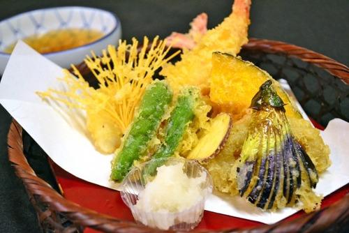 【悲報】老舗天ぷら屋、天つゆがない