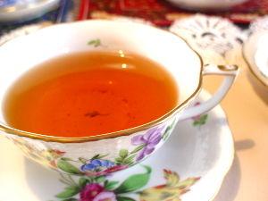 紅茶好きなやつ来いよ