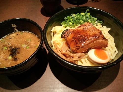 【急募】秋葉原で昼飯に自信ニキ