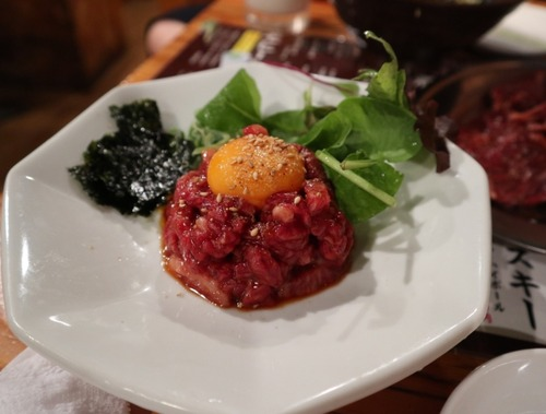 日本特有の「生のお肉を食べてはいけない」風潮