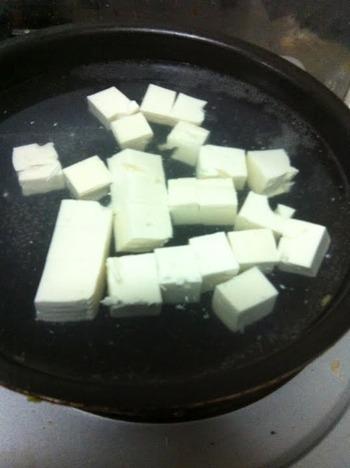 麻婆豆腐と余った食材で中華スープ作った