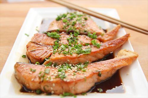 シャケとかいう焼き魚の帝王wwwwwwwwwwwww