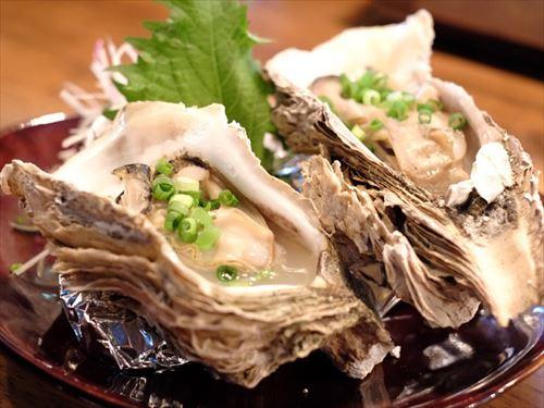 生牡蠣←うん… 蒸し牡蠣←まあ… 焼き牡蠣←美味しいね… カキフライ←