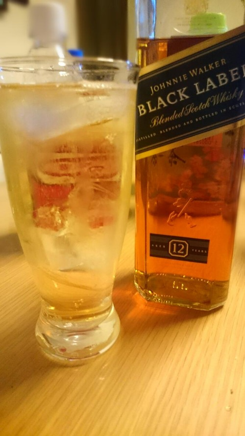 ウイスキー割るのに美味しい飲料教えて