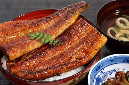 うなぎってたいして美味くないのに漁獲量が少ないって理由だけで高級料理扱いされてるよな