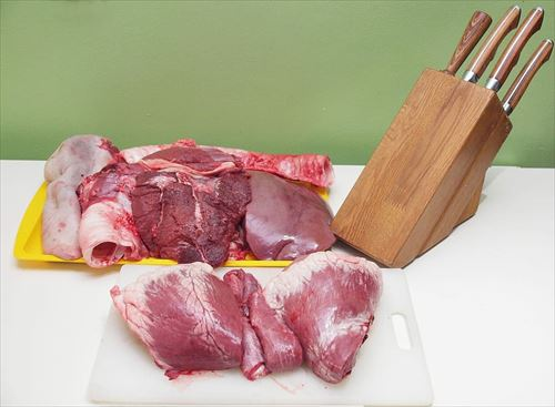 meat-knives-knife-red-meat_R