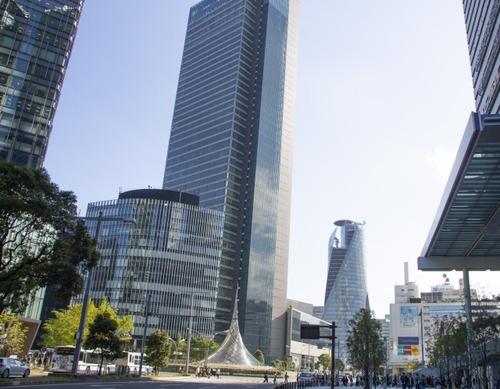 名古屋とかいう仕事多い、娯楽ある、適度な人口と三拍子揃った都市