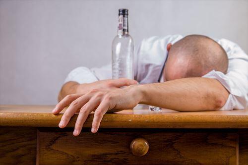 宅飲みでトッモが潰れた時ってどうすればいい?
