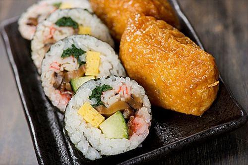 いなり寿司やオーソドックスな太巻きが好きなやつなんていないだろ