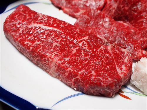 なぜ人間は肉を美味いと感じるのか謎だよな