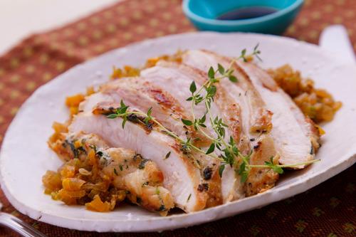 鶏ムネ肉って100g68円とかでむっちゃ安いんだけどどう料理したら美味しく食べられるの?