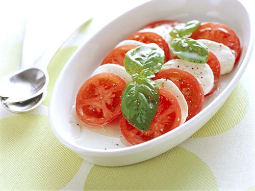 今日イタリアン宅飲みパーティするんだけどイタリアンの料理って何ある?