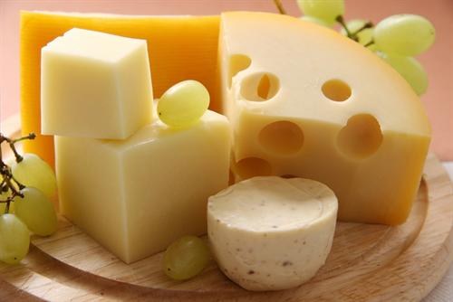 チーズって旨味とあらゆる栄養が凝縮されてる神の食物かよ