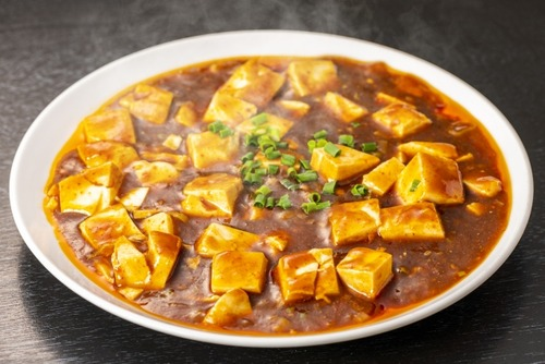 【朗報】麻婆豆腐さん、丸美屋の麻婆豆腐の素で作るのが1番美味しかった!!!!