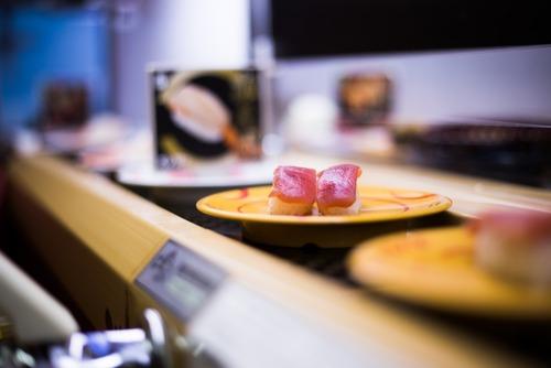 腹ペコ回転寿司ワイ「今日は20皿くらいいっちゃおっかな…」ニヤリ