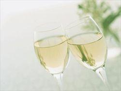 和食には日本酒より白ワインだな