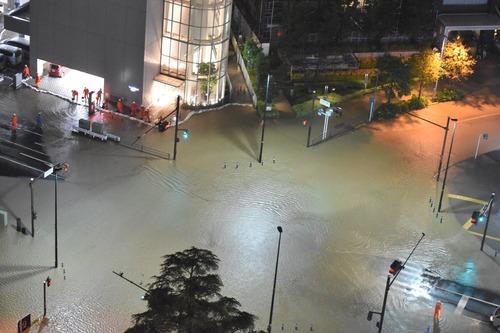 台風被害の武蔵小杉タワマン住民が市へ「電源やポンプ設備を高層階へ移設するための費用補助」を要求