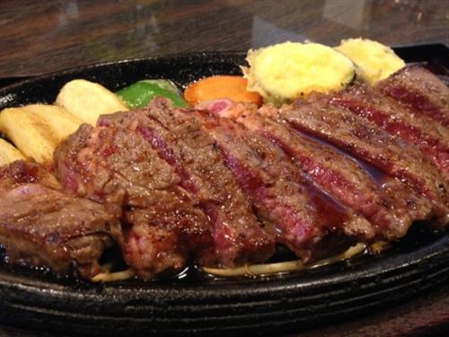 200gで8000円のステーキ買ってきた。初めて焼くから焼き方教えろ