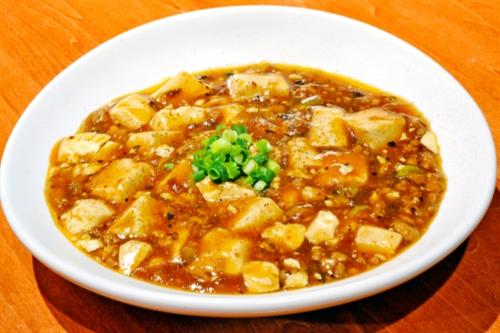 マーボー豆腐の素を使わず自分で作ったほうが安くてうまい←これ