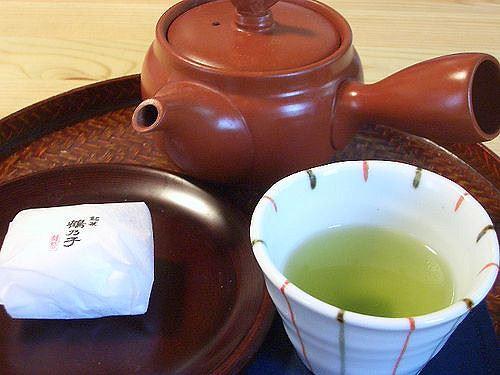ジャスミン茶>>>烏龍茶>>>緑茶・ほうじ茶>>>>麦茶