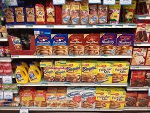 スーパーの商品棚は一番手前の商品買ってはダメというのはν速では常識だよな?