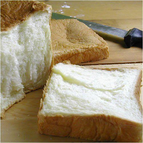 食パンにのせると最強においしいもの