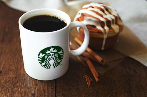 セブンイレブンのコーヒー100円、スタバのコーヒー280円
