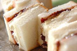 食パンにミスマッチそうで合う物
