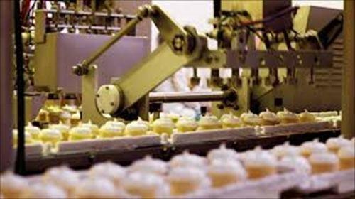 食品加工機器メーカーで働いているけど、異物混入とか当たり前だからwww