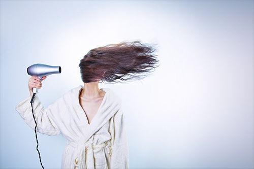 毎日洗ってるのに最近髪が脂っぽいんやが