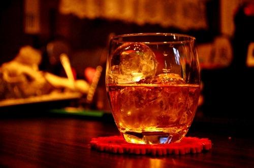 ウイスキー初心者ワイ、スコッチに手を出すも美味しく飲めない