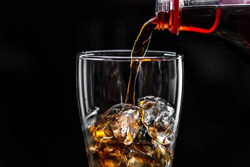 酒を飲まなければ10年寿命が長くなると言われても、酒を飲む人生の方がはるかに楽しいし有意義 ←この考えってどう思う?